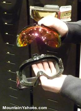 Giro goggles with removable lenses