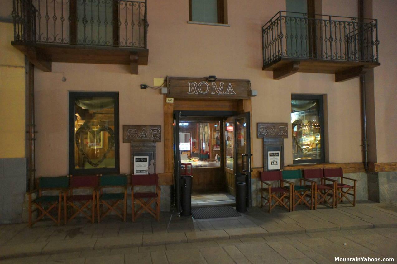 Courmayeur Italy Ski Resort Apres Ski Dining Bars