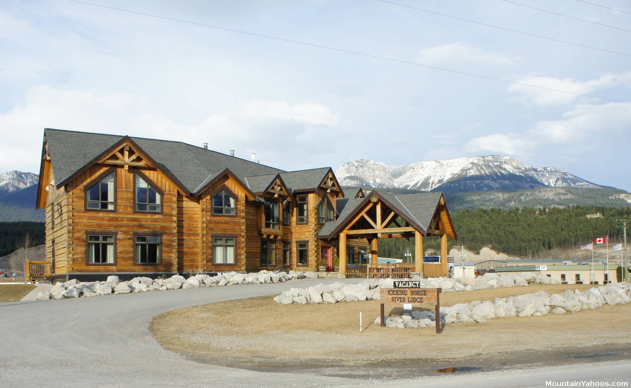 Kicking Horse Resort Hotels